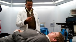 Terrence Howard e Hayden Christensen in Awake - Anestesia cosciente