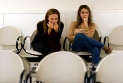 Lena Olin e Jessica Alba in Awake - Anestesia cosciente