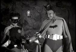 Douglas Croft e Lewis Wilson nel serial del 1943
