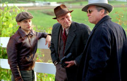 Tobey Maguire, Chris Cooper e Jeff Bridges in Seabiscuit