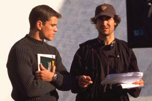 Matt Damon e il regista Doug Liman sul set di The Bourne Identity