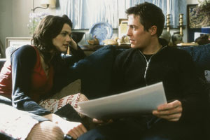Rachel Weisz e Hugh Grant in About a Boy