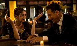Emily Mortimer e Andy Garcia in City Island