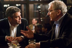 George Clooney e Sydney Pollack in Michael Clayton