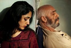 Golshifteh Farahani e Hamid Djavadan in Come pietra paziente