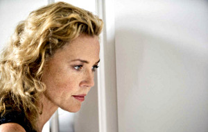 Connie Nielsen in Le confessioni