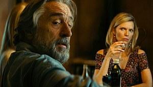 Robert De Niro con Michelle Pfeiffer sullo sfondo
