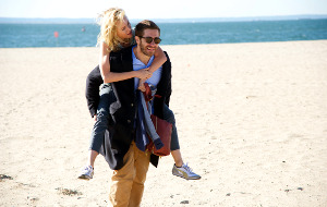 Naomi Watts e Jake Gyllenhaal in Demolition - Amare e vivere