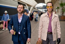 Jude Law e Richard E. Grant in Dom Hemingway