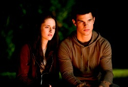 Kristen Stewart e Taylor Lautner in The Twilight Saga: Eclipse