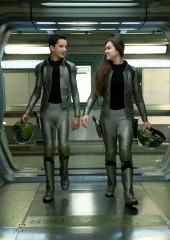 Asa Butterfield e Hailee Steinfeld in Ender's Game