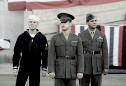 Ryan Phillippe, Jesse Bradford e Adam Beach in Flags of Our Fathers