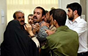 Shahab Hosseini in una scena di Il cliente