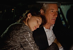 Laetitia Casta e Richard Gere in La frode