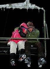 Emma Bell e Shawn Ashmore in Frozen
