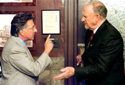 Dustin Hoffman e Gene Hackman in La giuria