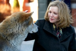 Forest e Joan Allen in Hachiko