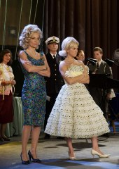 Michelle Pfeiffer e Brittany Snow in Hairspray