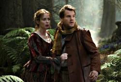 Emily Blunt e James Corden in Into the Woods