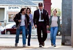 Emile Hirsch, Gina Gershon, Thomas Haden Church e Juno Temple in Killer Joe