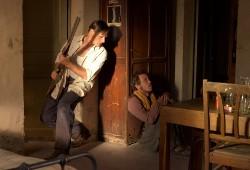 Viggo Mortensen e Reda Kateb in Loin des hommes