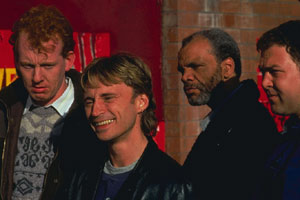 Steve Huison, Robert Carlyle, Paul Barber e Mark Haddy in Full Monty