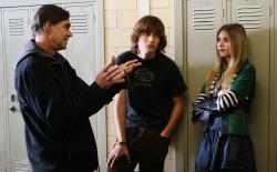 Il regista Gus Van Sant spiega una scena a Gabe Nevins e Taylor Momsen