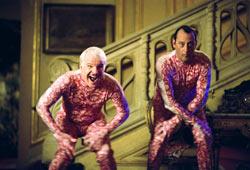 Steve Martin e Jean Reno in La pantera rosa