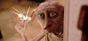 Dobby l'Elfo Domestico in una scena di Harry Potter e la Camera dei Segreti