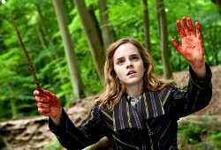 Emma Watson in Harry Potter e i Doni della Morte - Parte I