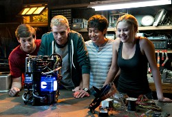 Sam Lerner, Jonny Weston, Allen Evangelista e Virginia Gardner in Project Almanac