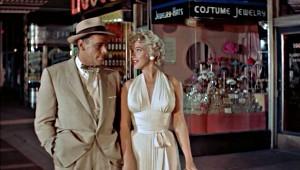 Tommy Ewell e Marilyn Monroe in Quando la moglie è in vacanza
