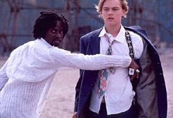 Harold Perrineau e Leonardo Di Caprio in Romeo + Giulietta