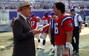 Gene Hackman e Keanu Reeves in Le riserve