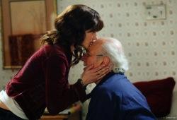 Laura Linney e Philip Bosco in una scena di La famiglia Savage