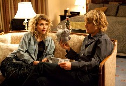 Imogen Poots e Owen Wilson in Tutto può accadere a Broadway