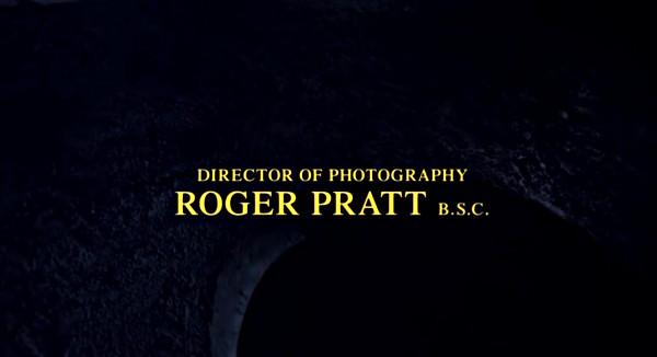 I titoli di testa di Batman presentano il direttore della fotografia, specificando la sua appartenenza al sindacato britannico di categoria