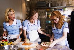 Cheryl Hines, Keri Russell e Adrienne Shelly in Waitress - Ricette d'amore
